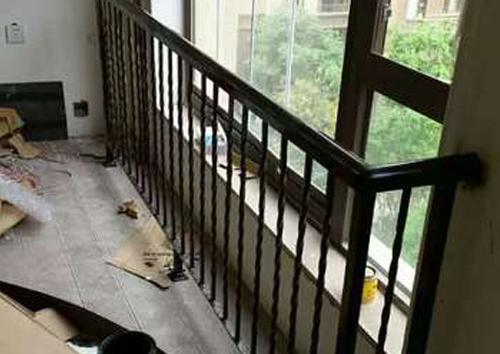 阳台栏杆图1